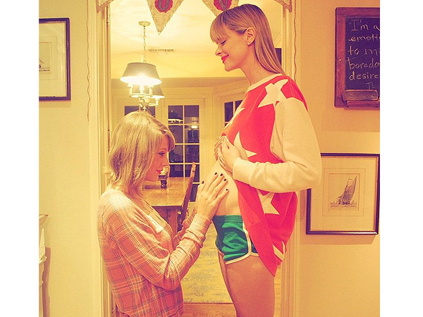 Taylor Swift godmother Jaime King second child