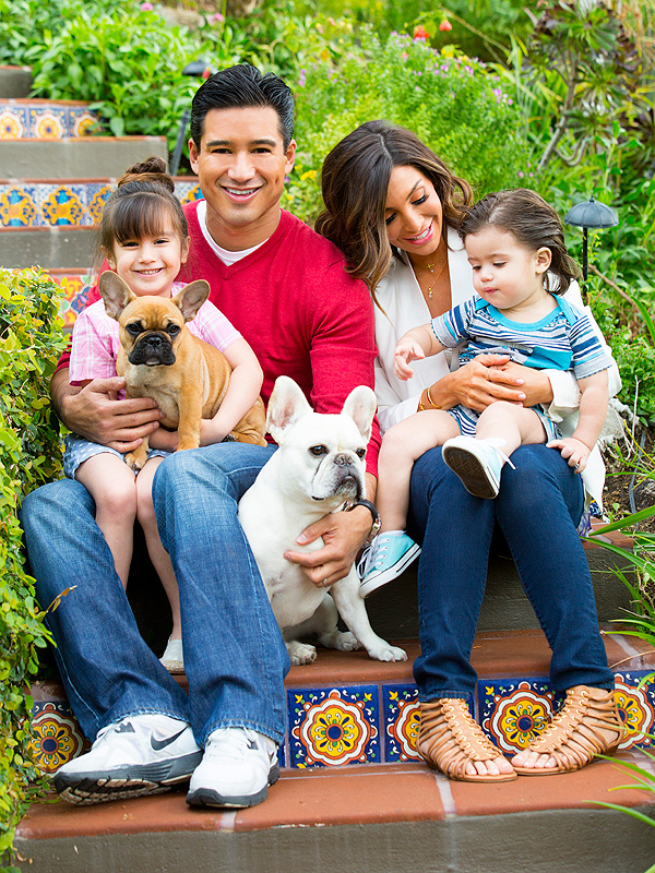 Photo of Mario Lopez & his  Dog Juan Manuel Marquez (left handside)