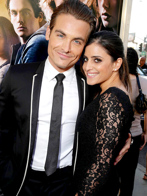 Kevin Zegers twin daughters first photo