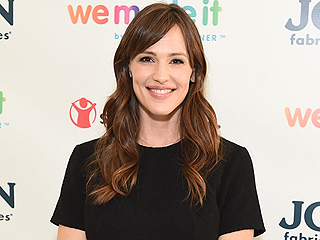 Four Days Before Her Split from Ben Affleck, Jennifer Garner Was All Smiles on Solo Visit to Boston
