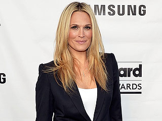 Molly Sims Says She Would Walk 14 Miles and Not Eat for Days to Stay a Size 0