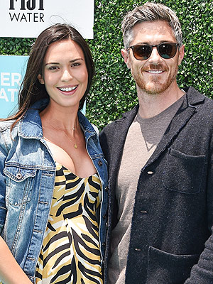 Dave Annable Odette Annable Expecting Daughter
