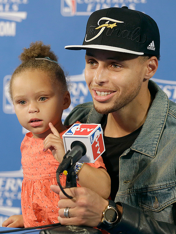 Stephen Curry daughter Riley NBA press conference