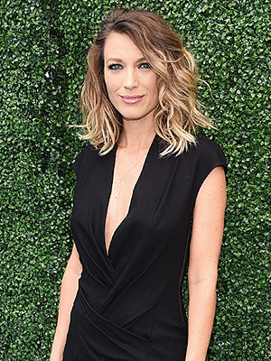 Natalie Zea Pregnant Expecting First Child