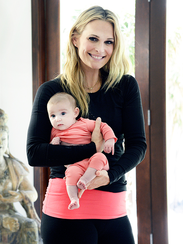 Molly Sims daughter Scarlett yoga Tom's of Maine