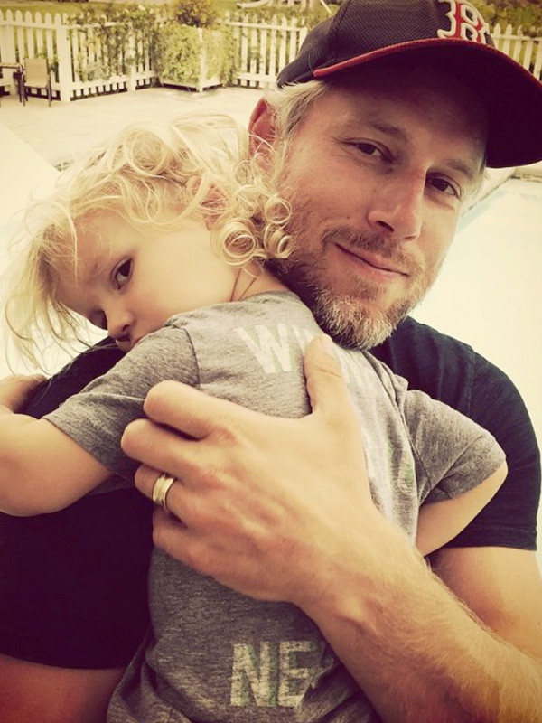 jessica simpson obsessed eric johnson son ace knute
