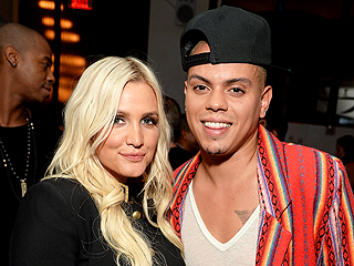 Ashlee Simpson and Evan Ross' Wedding Photos Revealed!