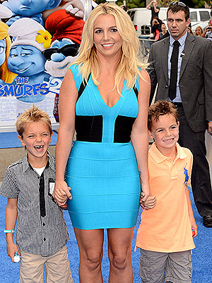 Britney spears and kevin federline celebrate sons for How many kids does kevin james have