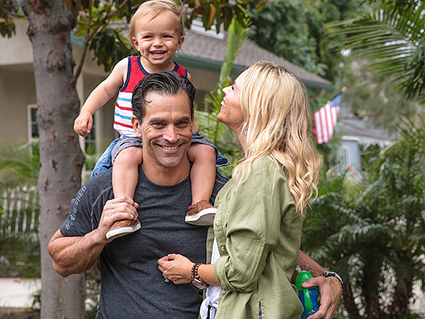 Johnathon Schaech Julie Solomon son Camden postpartum depression