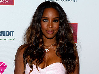 Hear Kelly Rowland's Hot New Single 'Dumb'