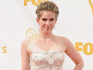 Anna Chlumsky Talks Motherhood: 'There's No One Way to Be a Mom'