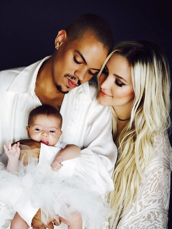 Evan ross and ashlee simpson introduce daughter first photo moms