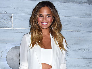 VIDEO: Chrissy Teigen on Sharing Her Infertility Struggle: 'It Didn't Feel Right to Tweet' About My IVF Shots