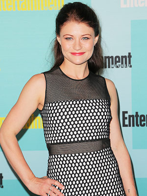 Emilie De Ravin Pregnant Expecting First Child Eric Bilitch