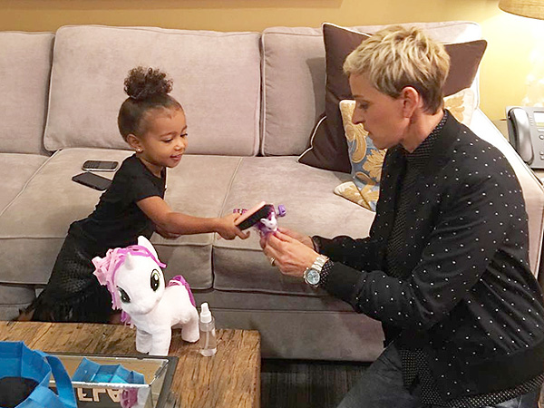 North West Plays Ponies With Ellen DeGeneres – Moms ...