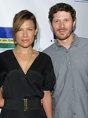 Zach Gilford Kiele Sanchez miscarriage