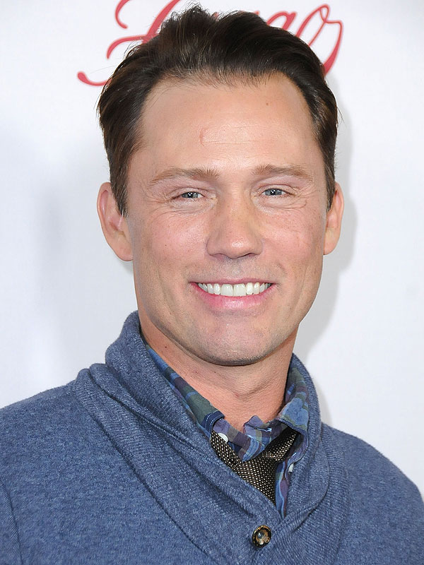 Jeffrey Donovan daughter Facetime Fargo season 2 premiere