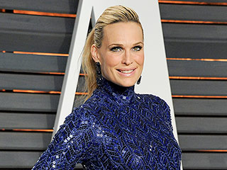 VIDEO: Molly Sims Admits She Gained 85 Lbs. and Had Thyroid Problems Due to Pregnancy