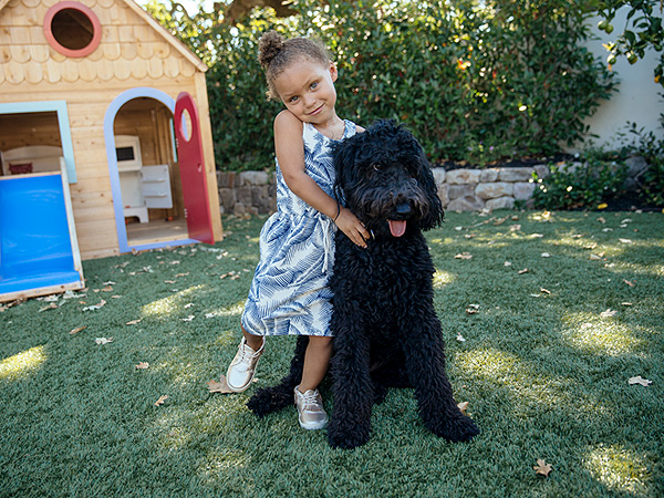 Riley Curry Makes Her Modeling Debut For Freshly Picked