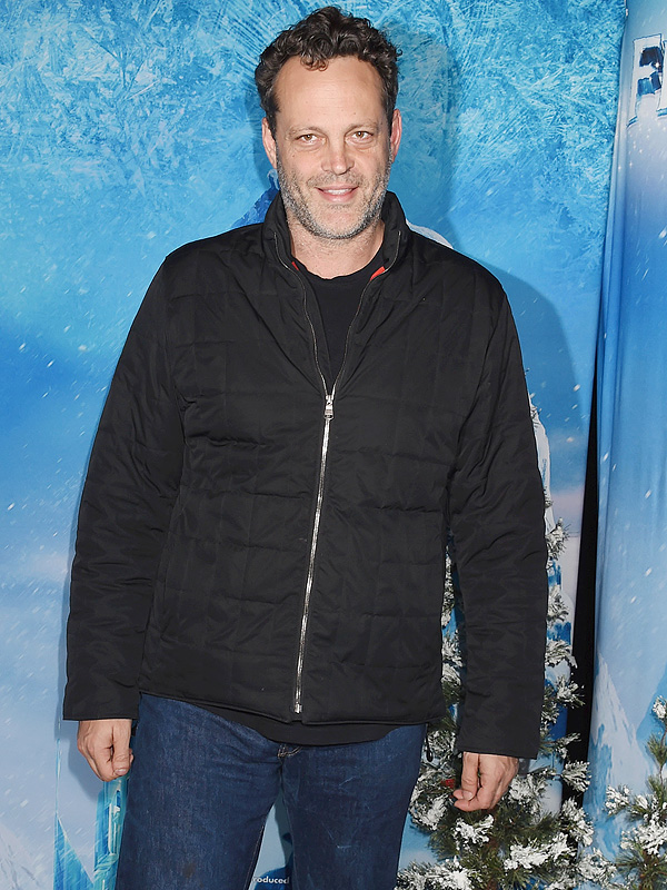 Vince Vaughn daughter son Disney on Ice