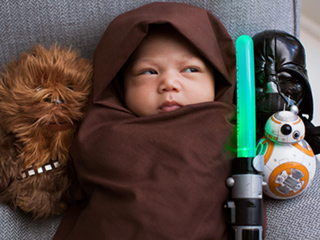 Mark Zuckerberg's Daughter Is Already The Biggest (and Cutest) Star Wars Fan!