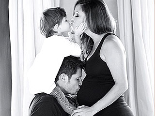 See Nick and Vanessa Lachey's Cute Holiday Card (With Her Baby Bump!)