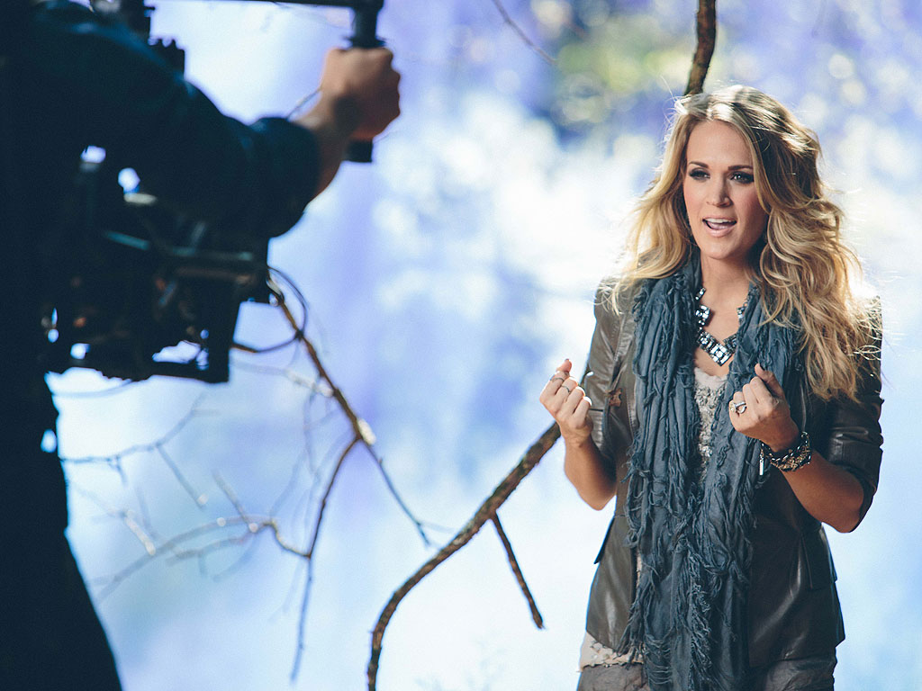 Go Into the Woods with Carrie Underwood| Country, Music News, Carrie Underwood