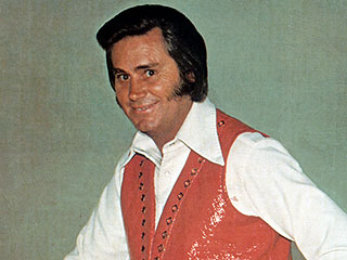 Remembering the Possum: A Peek Inside the New George Jones Museum