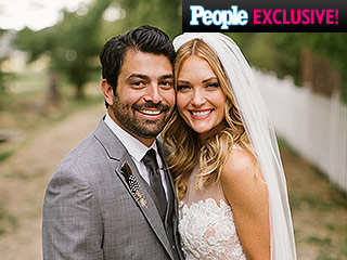 From a 'Naked' Cake to Wynonna Judd: Go Inside Amy Purdy's Sweet Idaho Wedding