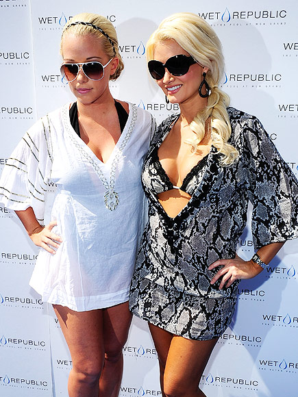 Kendra wilkinson et holly madison nue