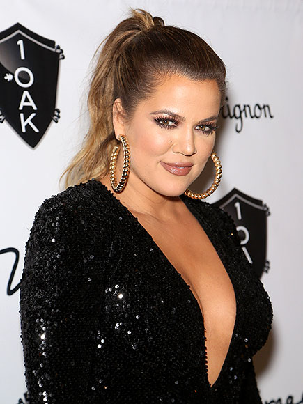 FANS JUST CAN'T GET ENOUGH OF KHLOÉ'S …