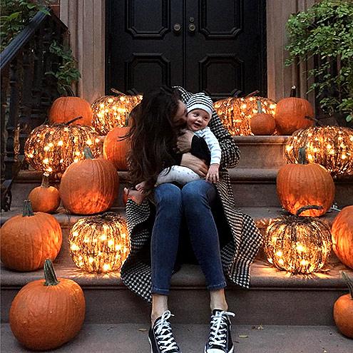 Хэллоуин-2015: Лив Тайлер - первый праздник для второго сына