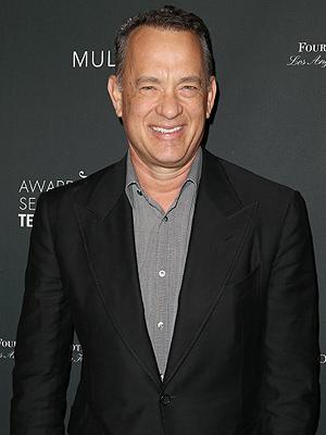 Tom Hanks Buys Girl Scout Cookies