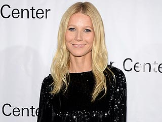 Where Was Gwyneth Paltrow During This Year's Met Gala? At Home with Her Daughter! (PHOTO)