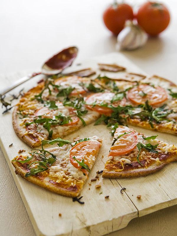 4 Ways to Make a Tasty Gluten-Free Pizza Crust