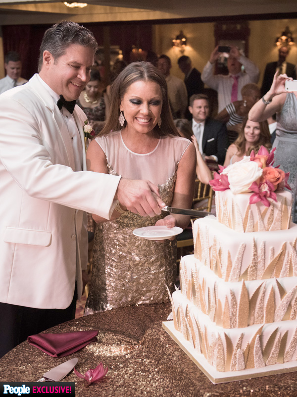 Vanessa Williams Wedding Cake See Photos And Get All The