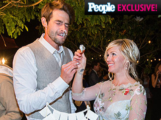 All the 'Down-Home' Details from Jennie Garth's Family-Style Wedding Menu