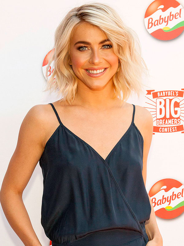 julianne hough on her lifestyle blog amp cooking with her
