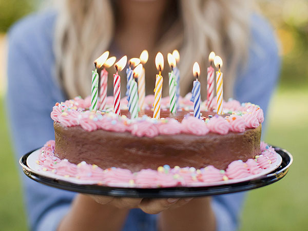 Free Birthday Restaurants ~ Birthday freebies restaurants that give free food on your