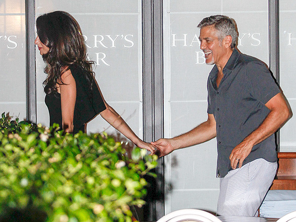 George and Amal Clooney at Como restaurants 25. August 2015 George-amal-600x450