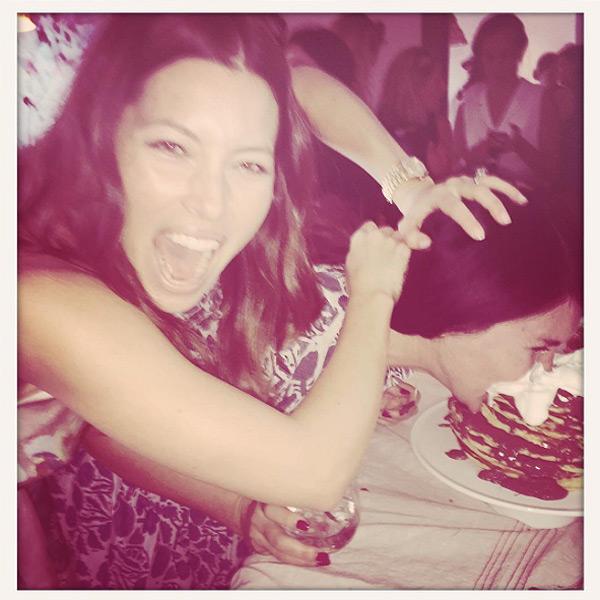 Jessica Biel Dishes On Her New L A Restaurant Au Fudge