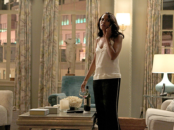 Scandal Set Decorator Shows How To Recreate Olivia Popes