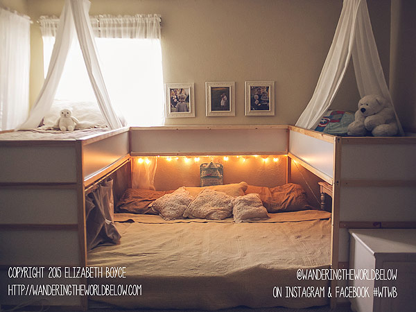 This Family of Seven All Sleep in One Bed - Great Ideas : People.com