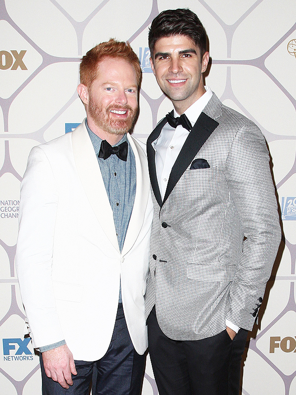 jesse tyler ferguson and justin mikita throw speakeasy birthday party great ideas. Black Bedroom Furniture Sets. Home Design Ideas