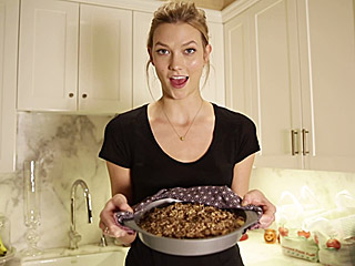 Yum! Watch Karlie Kloss Make Her Signature 'Apple Krisp' Recipe (VIDEO)