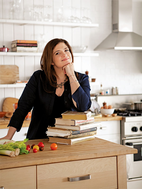 Alex Guarnaschelli Blogs: The Best Method for Cleaning Your Cast Iron Skillet