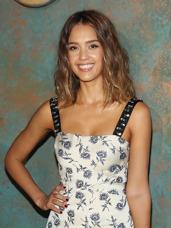 Jessica Alba & Daughter Make Dinner Together—Get the Recipe (Video ...