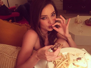 15 Best Celebrity Food Photos of the Week From Miranda, Khloe, Mindy & More