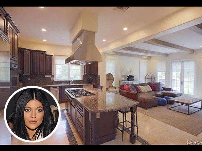 Celebrity kitchens celebrity homes inside celebrity houses - Big houses inside ...