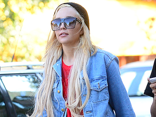 Amanda Bynes Returns to Twitter, Shares Possible Self-Portrait Sketch